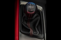 2014_chevrolet_corvette_shifter_13-de-as_113131_717