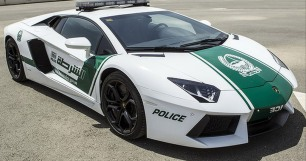 lamborghini-aventador-lp-700-4-police-car--image-dubai-police_100424792_l