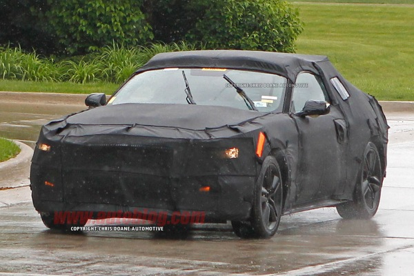 صور تجسسية لسيارة Ford Mustang 2015