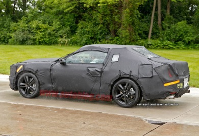 007-2015-ford-mustang-spy-shots