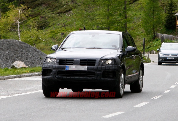 007-vw-touareg-facelift-spy-shots