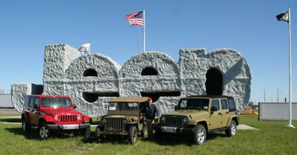 010-1943-willys-mb-homecoming (1)