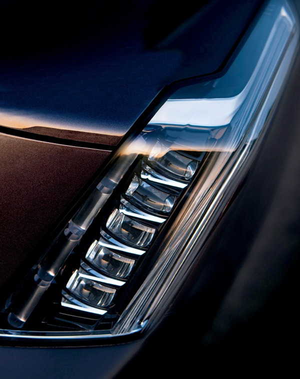2015 Cadillac Escalade Headlight