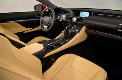 2015-Lexus-RC-dash-view