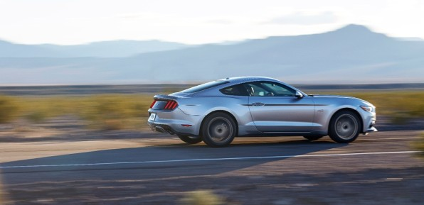 2015-ford-mustang-gt-16-1