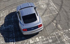 2015-ford-mustang-gt-31-1