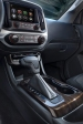 http---image.motortrend.com-f-roadtests-trucks-1401_2015_gmc_canyon_first_look-64739395-2015-GMC-Canyon-shifter
