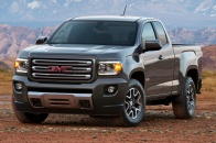 http---image.motortrend.com-f-roadtests-trucks-1401_2015_gmc_canyon_first_look-66583758-2015-GMC-Canyon-front-view