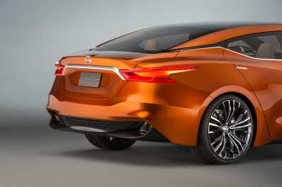 nissan-sport-sedan-concept-05-1