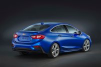 The new Cruze is 2.7 inches (68 mm) longer and nearly an inch (25 mm) shorter in height than the current model, giving it a longer and leaner appearance. A faster windshield rake and a faster-sloping rear profile lend a sportier look to the design, while the rear profile culminates in a standard integral rear spoiler that contributes to the car's aero efficiency.